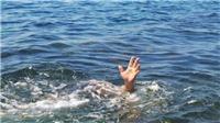 Đi tắm sông, một học sinh tiểu học bị nước cuốn trôi