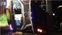 Điều tra vụ lật xe khách, 2 người chết và 17 người bị thương Đồng Nai