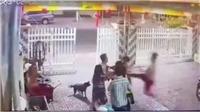 Khởi tố hai chiến sĩ Công an đánh hàng xóm nhập viện