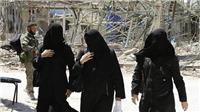 Saudi Arabia bắt đầu dỡ bỏ các hạn chế đi lại đối với phụ nữ
