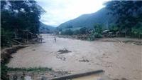 2 vợ chồng bị lũ cuốn trôi khi đang qua suối ở Lào Cai