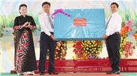Chủ tịch Quốc hội Nguyễn Thị Kim Ngân dự Lễ khai giảng năm học mới tại huyện Tháp Mười, tỉnh Đồng Tháp