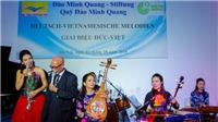 NSƯT Thu Giang cùng Nhóm nhạc Thăng Long: Muốn chinh phục những bản nhạc kinh điển bằng nhạc cụ dân tộc