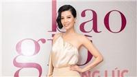 Cựu siêu mẫu Vũ Cẩm Nhung: Không né tránh khi 'mở lòng' bằng tự truyện