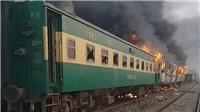 Cháy tàu hỏa tại Pakistan, 70 nạn nhân thiệt mạng
