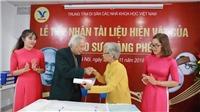 Tiếp nhận hơn 2.000 tài liệu, hiện vật của GS Hoàng Phê - nhà ngôn ngữ học hàng đầu Việt Nam