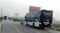 Thanh Hóa: Xe khách tông 2 cha con đi bộ tử vong