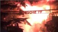 Hàng chục khách hoảng loạn vì cháy rụi  quán Bar trong đêm