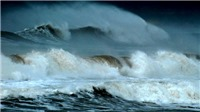 Chữ và nghĩa: 'Sóng trước đổ đâu, sóng sau đổ đấy'