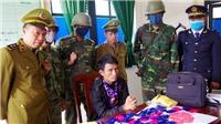 Bắt giữ đối tượng vận chuyển trái phép gần 10.000 viên hồng phiến từ Lào về Việt Nam