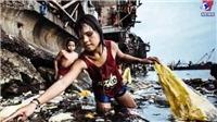 Cô bé 'nhặt rác thải nhựa' đoạt giải bức ảnh năm 2019 của UNICEF