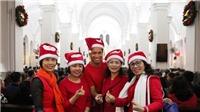 Những hình ảnh về không khí đón Giáng sinh tại Hà Nội đêm 24/12