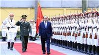 Thủ tướng Nguyễn Xuân Phúc kiểm tra công tác ứng trực sẵn sàng chiến đấu tại Bộ Tư lệnh Cảnh vệ