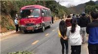 Xe khách va chạm với xe máy, ba người trong gia đình tử vong