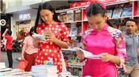 Đường sách Thành phố Hồ Chí Minh với chủ đề 'Vì một nửa thế giới yêu thương'