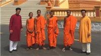 Đi tìm 'Quốc phục nam' truyền thống (kỳ 6): Mặc áo dài nam lên chùa