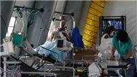 Dịch COVID-19: Mỹ dự phòng thêm 110.000 máy thở khi các ca nhiễm bệnh tăng chóng mặt