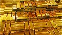 Giá vàng thế giới giảm hơn 1% do đồng USD mạnh lên