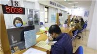 Hà Nội: Nhiều người dân đến làm thủ tục hưởng bảo hiểm thất nghiệp