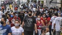Tổng thống Brazil phủ quyết dự luật đeo khẩu trang nơi công cộng