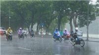 Bắc Bộ mưa rất to kèm thời tiết nguy hiểm, xuất hiện áp thấp nhiệt đới gần Biển Đông