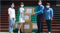 Dịch COVID-19: TTXVN tiếp tục hỗ trợ vật dụng bảo hộ y tế cho thành phố Đà Nẵng