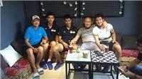 HLV Park Hang Seo cafe với học trò, Công Phượng đã phá lối chơi HAGL?
