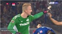 VIDEO: Thủ môn Sietma 'nổi điên' vì hậu vệ HAGL chơi như mơ ngủ