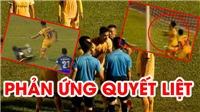 VIDEO: SLNA quây trọng tài vì bàn thua gây tranh cãi
