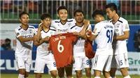 VIDEO: Minh Vương ghi bàn tặng riêng Xuân Trường trong ngày V League hạ màn
