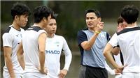 Chuyên gia Đoàn Minh Xương: 'Mọi ngóc ngách của các đội sẽ sớm lộ ra thôi'