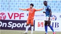 Đức Chinh ghi bàn giúp Đà Nẵng khởi đầu suôn sẻ