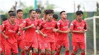 U22 Việt Nam tập trung, HLV Park Hang Seo 'đãi cát tìm vàng'