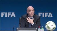 Covid-19: FIFA lùi một bước để tiến ba bước