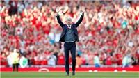 Wenger ra đi, để lại một Arsenal lạc lối