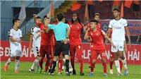 Chuyên gia Đoàn Minh Xương: 'V-League vẫn là cái vòng luẩn quẩn'