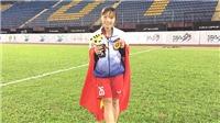 Tuyển thủ nữ Hồng Nhung: Giấc mơ làm kinh doanh và lối rẽ bóng đá