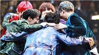 BTS: Mỗi lần ôm nhau các chàng trai còn muốn có cả ARMY, vì sao?