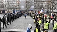 Tổng thống Pháp công bố nhiều biện pháp cụ thể nhằm giải quyết xung đột xã hội