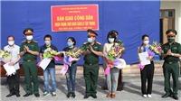 Dịch COVID-19: Ninh Bình bàn giao 81 công dân hoàn thành thời gian cách ly trở về địa phương