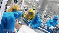 Các chuyên gia đầu ngành hội chẩn hai ca mắc COVID-19 nặng