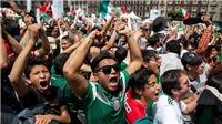 Không khí ăn mừng chiến thắng tại quảng trường Zocalo, Mexico