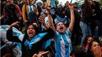 Bên lề World Cup: Fan Argentina rực sáng tại Saint Petersburg