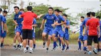 CẬN CẢNH: U23 Việt Nam tập luyện ngoài đường, chuẩn bị đấu Pakistan