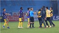 VIDEO: HLV Chu Đình Nghiêm bị cấm chỉ đạo, Hà Nội FC tổn thất lớn