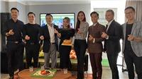 Diễn viên Chi Bảo mở 'Chợ tình' gây quỹ Hiểu về trái tim