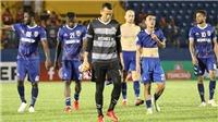 Thủ thành Tấn Trường bị treo găng hết lượt đi V-League 2019