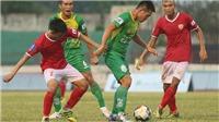 Đội của 'Mourinho Việt Nam' bứt phá