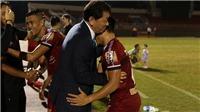 Thầy Hàn chúc mừng Quang Hải, 'Ronaldo xứ Nghệ' tái xuất