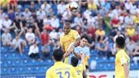 Chuyển nhượng V-League 2021: 'Trâu chậm uống nước đục'